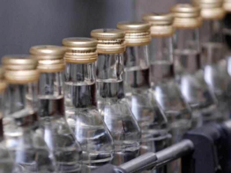 В Алтайском крае полицейскими ликвидирован канал производства и поставки фальсифицированной алкогольной продукции