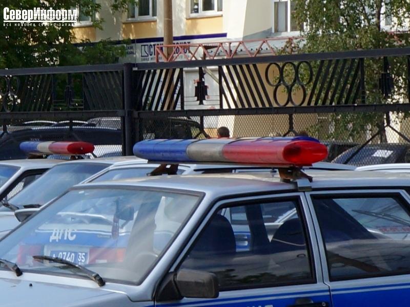"""В Сокольском районе при столкновении двух иномарок и """"ВАЗа"""" пострадали женщина и двое детей"""