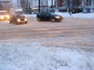 Снегопад не вызвал роста числа аварий в Вологде