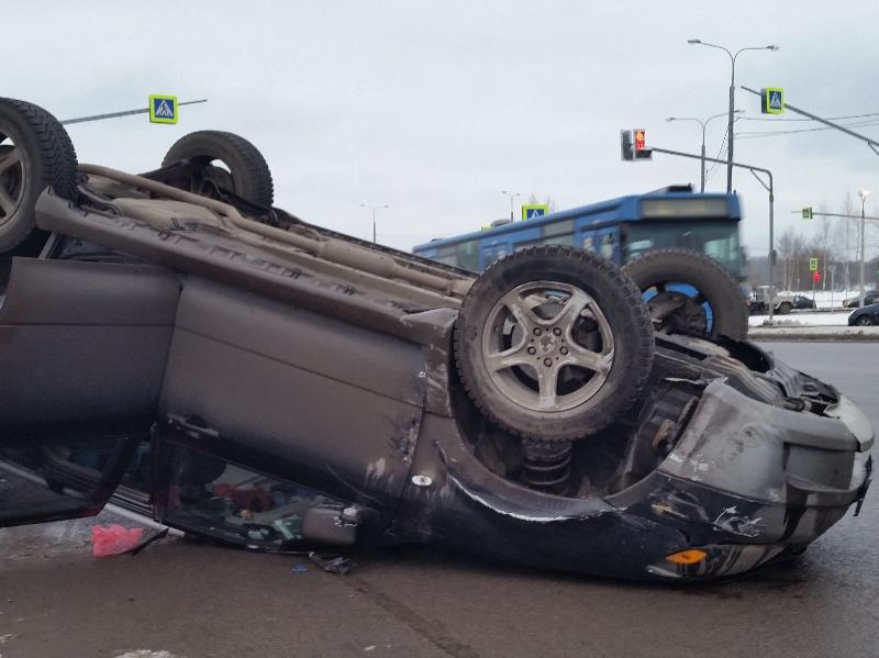 Женщина-пешеход погибла в результате ДТП в Череповце (ФОТО)