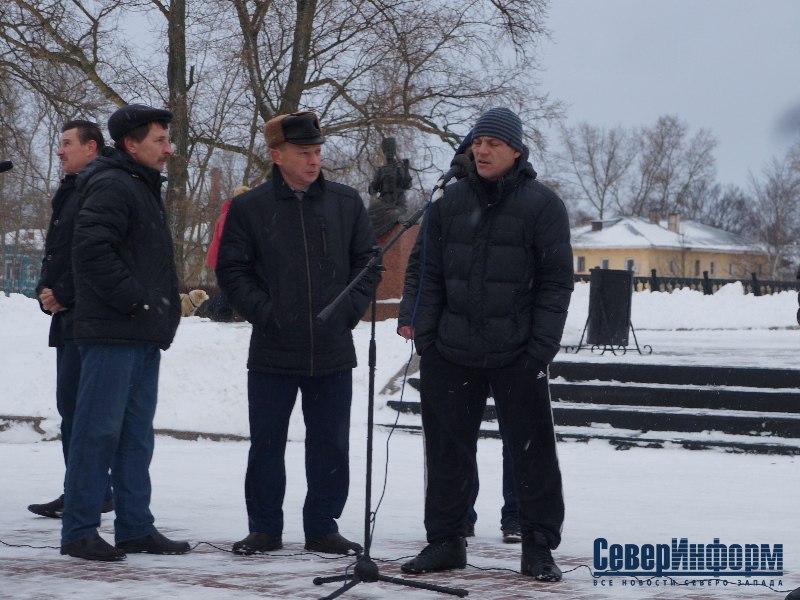 Протест вологодских дальнобойщиков против введения платы за проезд по трассам передадут в Госдуму РФ (ФОТО)