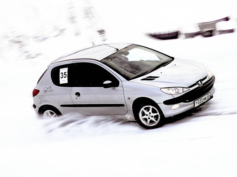 На Вологодчине открылся сезон зимних автогонок
