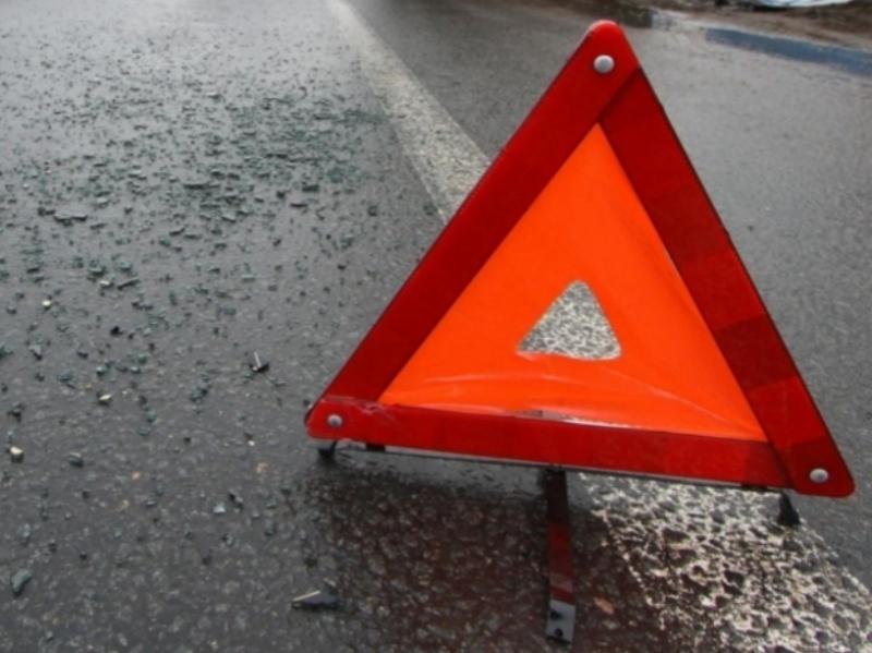 ВВеликоустюгском районе врезультате происшествия надороге умер человек, четверо пострадали