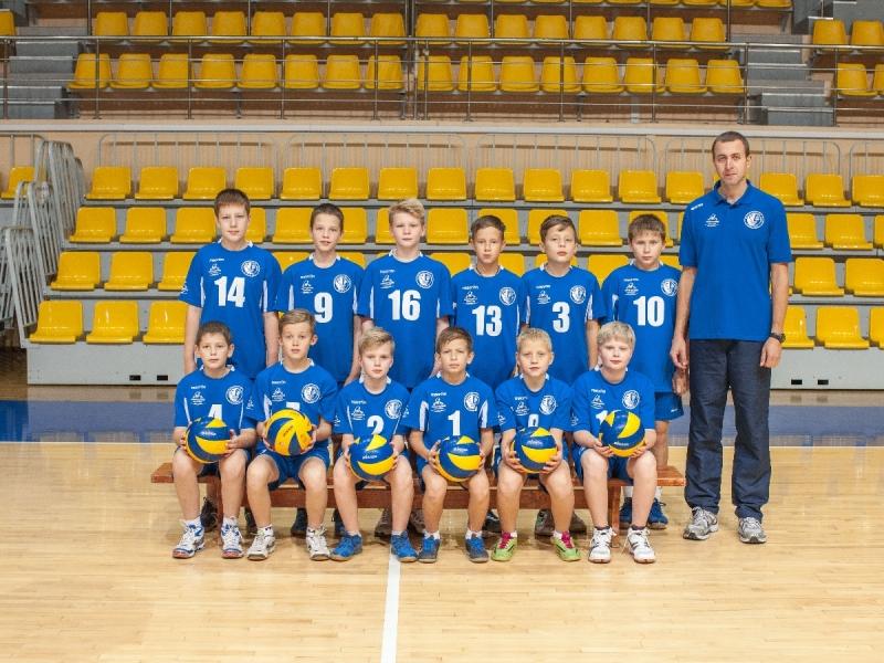 Костромские волейболисты одержали победу навсероссийском турнире поволейболу