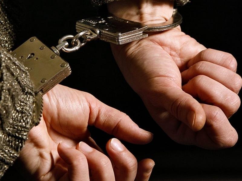 Череповчанин убил владельца квартиры, который его приютил, из-за храпа