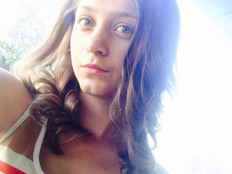 ВКалининграде разыскивают 15-летнюю девочку вбордовой толстовке
