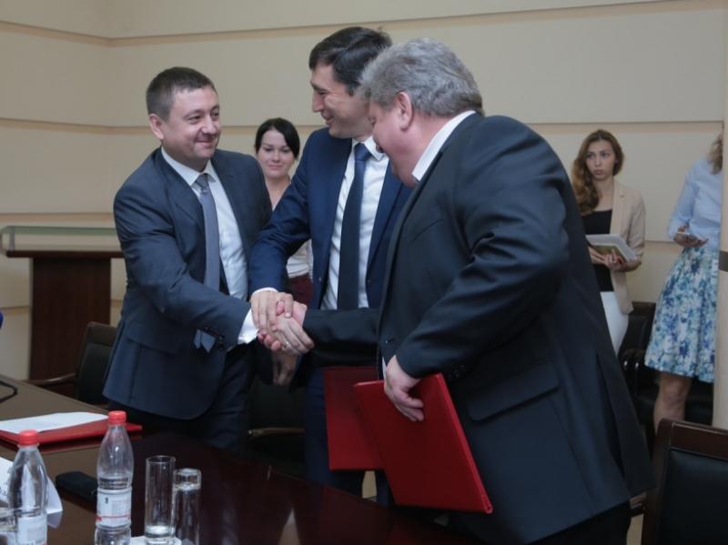 «Газпром» отремонтирует испорченные дороги вВологодской области