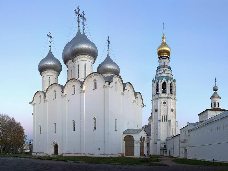 ВВологде завершили ремонт кровли икуполов святой Софии