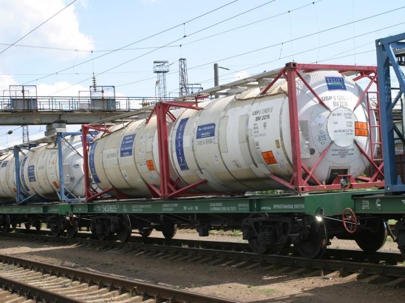 Тепловоз столкнулся сгрузовым поездом вВологодской области