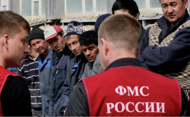 Нелегала-кубинца с 2-мя детьми вологжане выдворили из Российской Федерации