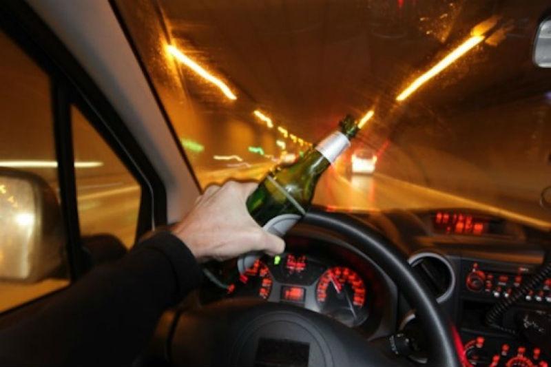 ВВологде ночью нетрезвый шофёр без прав пытался исчезнуть от милиции