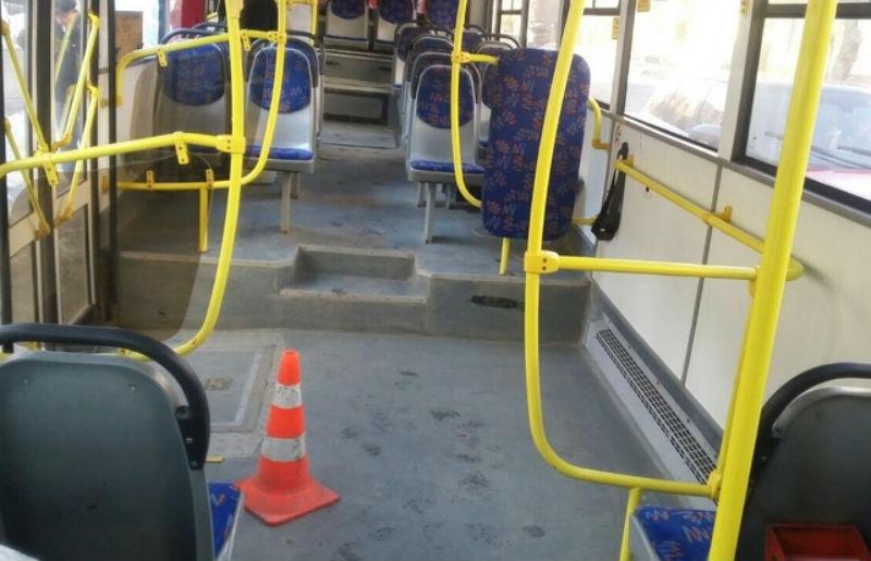 Кондуктор вавтобусе упала напассажирку исломала ребро