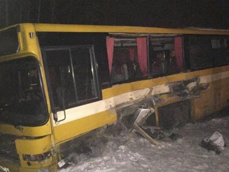 Пассажирка автобуса 133 маршрута погибла вДТП натрассе Архангельск-Северодвинск