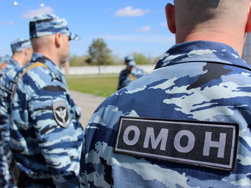 В Череповце эвакуировали больше 400 человек из общежития техникума