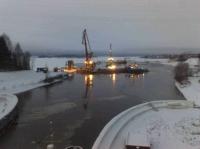 Баржа с 600 тоннами железобетона затонула сегодня в Вологодской области
