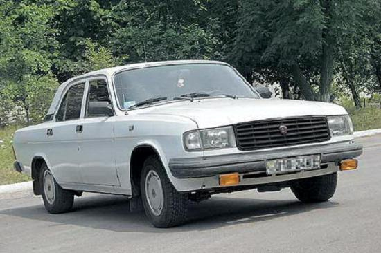 """1980 году стало ясно, что  """"государственный """" автомобиль ГАЗ-24, уже разменявший второй десяток, начал устаревать..."""