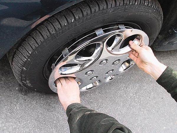 Благодаря слаженным действиям, Рубцовские полицейские задержали местного жителя промышляющего кражами из автомобилей